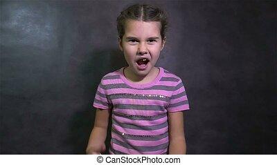 adolescent, sien, fâché, bras, onduler, girl, crier,...