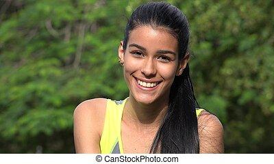 adolescent, sourire, latina, face femelle