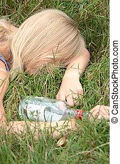 adolescente, adicción de alcohol