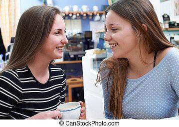 adolescente, amigos, dois, femininas, café, reunião