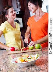adolescente, filha, cozinhar, meio, mãe, envelhecido