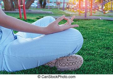 adolescente, garden., menina, ioga, exercício