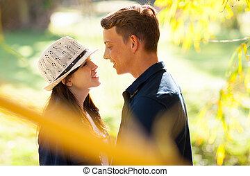 adolescente, lindo, pareja