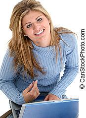 adolescente niña, computador portatil