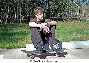 adolescente, skateboarder