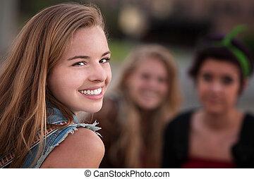 adolescente, sorridente, amici, due, ragazza