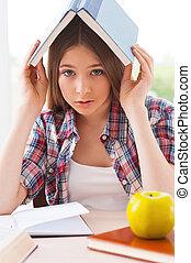 adolescente, studying., cabeça, cansadas, câmera, carregar,...