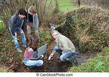 adolescentes, entrenamiento, profesional, ambiental