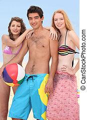 adolescentes, ligado, um, praia