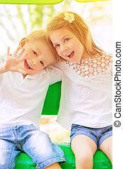 adorável, crianças, tendo divertimento