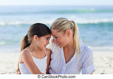 adorável, menina, com, dela, mãe