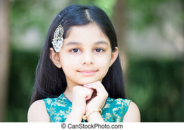 Adorable girl - Closeup portrait, young girl resting placing...
