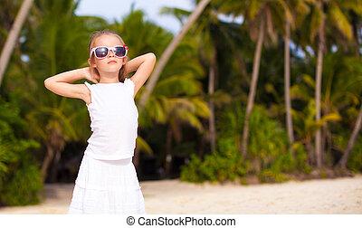 adorable, niña, en, playa tropical, vacaciones, en, boracay,...