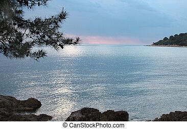 adriatisches meer, kueste, an, sonnenuntergang