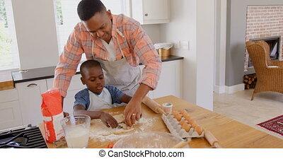 adulte, noir, maison, confortable, vue, mi, cuisine, père, biscuits, fils, cuisson, devant, 4k