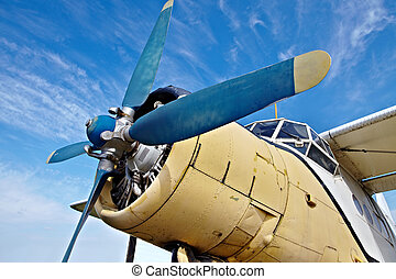 aereo, vecchio