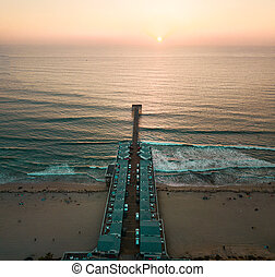 Aerial photo of a pier with houses