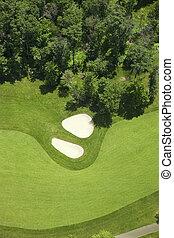 aerial udsigt, i, en, golf, fairlway, og, bunkere