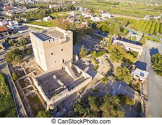 aerial udsigt, i, middelalderlige, slot, i, kolossi, limassol, cyprus