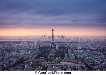 aerial udsigt, i, paris, hos, halvmørket