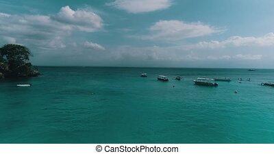Aerial view from Dream Beach of Nusa Lembongan, Bali -...