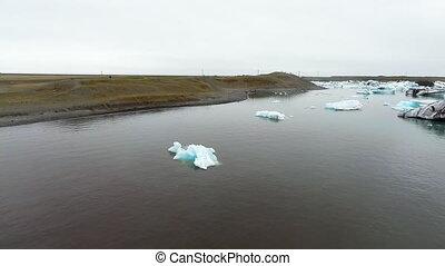 AERIAL VIEW  GLACIER ICEBERGS