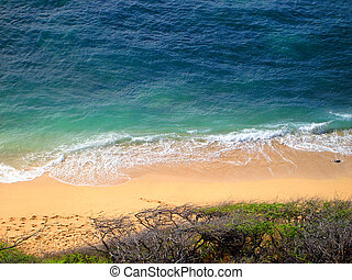 Aerial view of Diamond Head Beach, Oahu, Hawaii