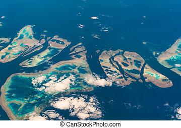 Aerial view of Muirhead Reef. Great Barrier Reef. Australia...