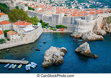 city walls of Dubrovnik Old Town