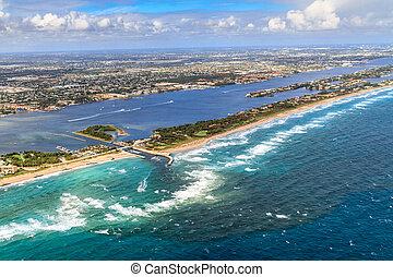 Aerial View on Florida Beach and waterway near Palm Beach