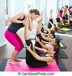 aerobics, pilates, personlig træner, hjælper, kvinder,...