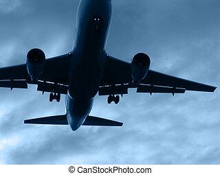 Aeroplane silhouette departing