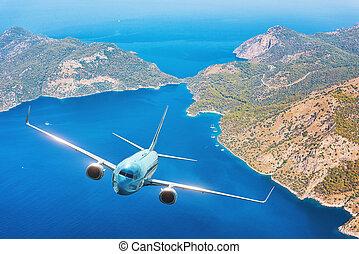 aeroplano blu, è, volando, isole, e, mare, a, alba, in, estate