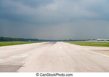 aeroporto, cielo, pista, tempesta, sotto