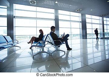 aeroporto, esperando