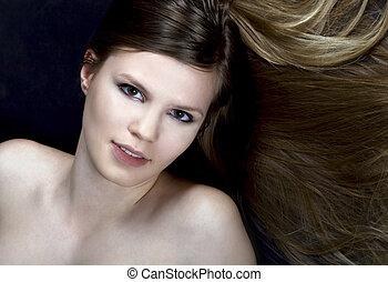 afbeelding, vrouw, bruine , langharige, mooi en gracieus