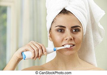 afborstelen, badkamer, vrouw, elektrische toothbrush, teeth