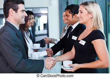 affärsfolk, handshaking