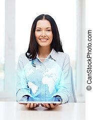 affärskvinna, klot, dator, skrivblock persondator