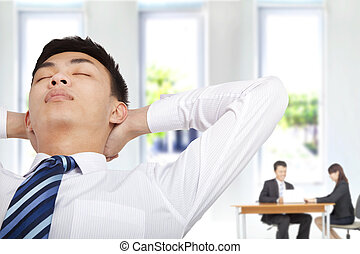 affärsman, kontor, koppla av