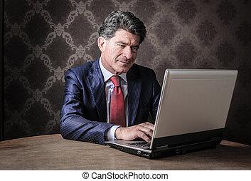 affärsman, laptop