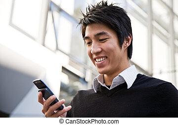 affärsman, texting, tillfällig, asiat