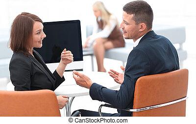 affärsverksamhet associerar, talande, hos, a, desk.