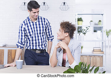 affärsverksamhet koppla, arbetande hår hem