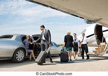 affärsverksamhet partner, om, till, bord, menig jet