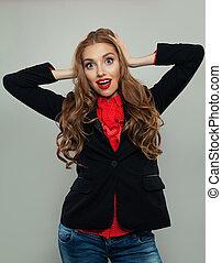 affaires femme, blanc, arrière-plan., costume noir, portrait, sourire, modèle, heureux