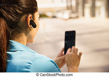 affaires femme, bluetooth, appel téléphonique, appareil, confection