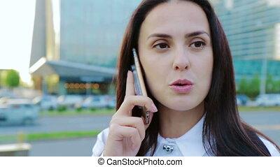 affaires femme, conversation, nicely, sur, téléphone