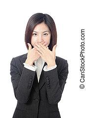 affaires femme, elle, couvrant bouche, mains