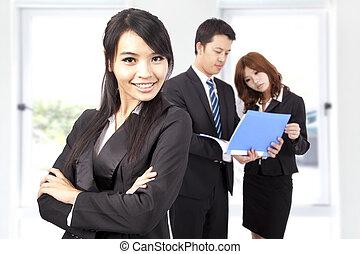 affaires femme, jeune, bureau, sourire